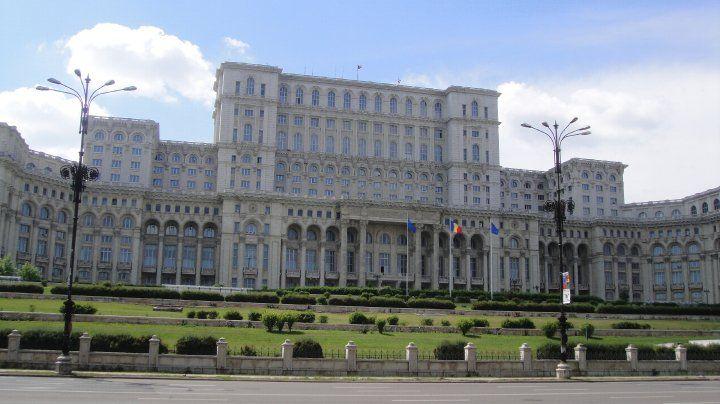 Romanian_Parliament_Building